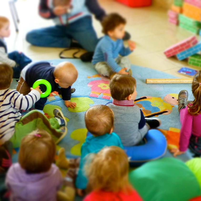 Bébés lecteurs (crèches et assistantes maternelles) |